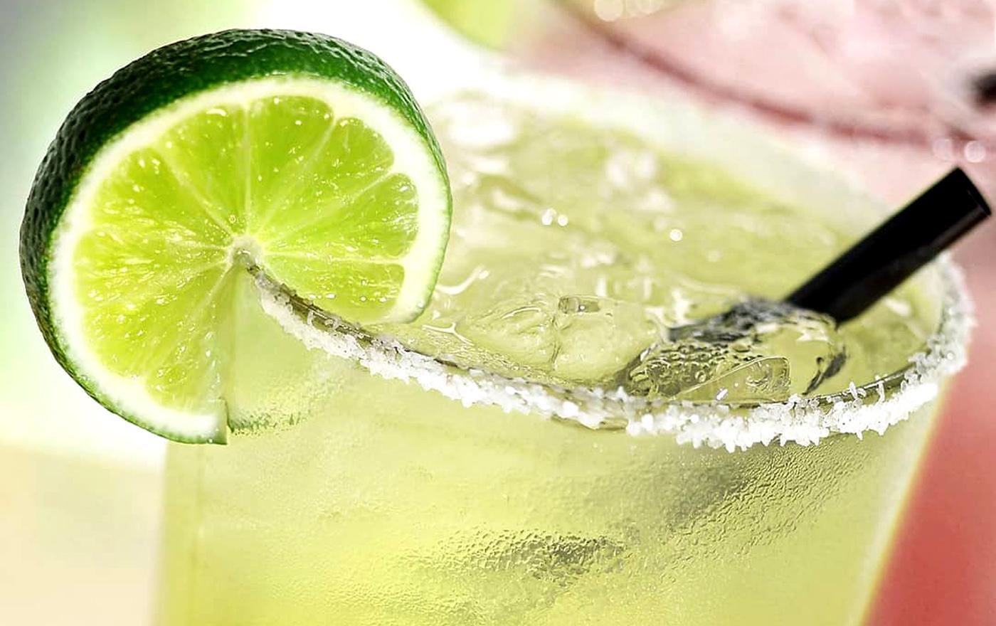نوشیدنی های مناسب برای جلوگیری از عطش